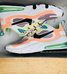 NIŽAM! Nike Air Max 270 React Se