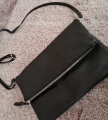 Nova manjsa prostorna torbica