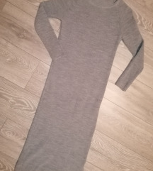 Siva pletena obleka