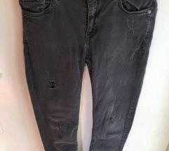 Zara jeans hlače - kupljene za 40