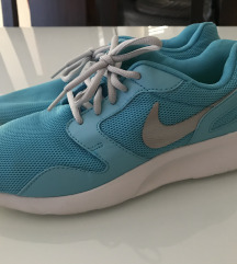 Nike copati- malo noseno