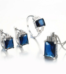 Komplet nakita iz titana