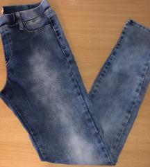 Stradivarius jeans hlače