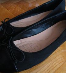Klasišne črne balerinke