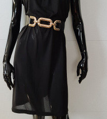 Črna lahka obleka UNI