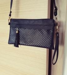 Majhna ročna črna torbica