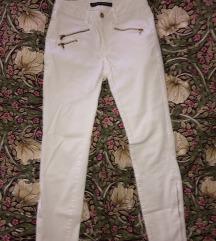 ZARA bele hlače z zadrgami