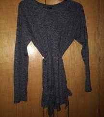Moder Primark pulover