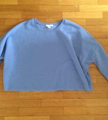 svetlo moder pulover