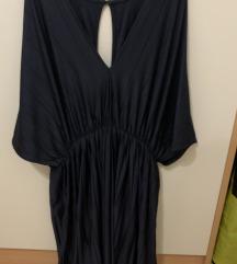 Obleka z izrezom