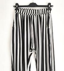 ZNIŽ.Lahkotne poletne hlače
