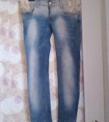 Jeans push up nove