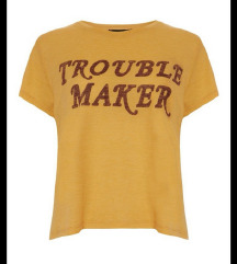 Nova majica trouble maker