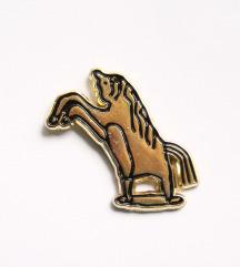 Broška Konj