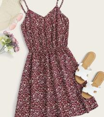 Rožasta oblekica