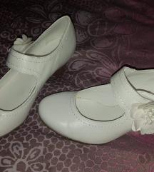 Prodam nove čevlje