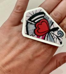 Mojamoja prstan