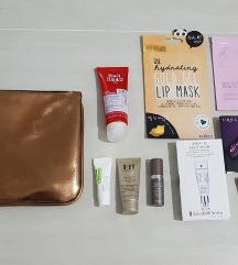 Komplet NOVE kozmetike + torbica (MPC 80€)!
