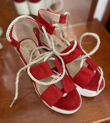 Sandali s polno peto