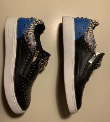 Guess čevlji