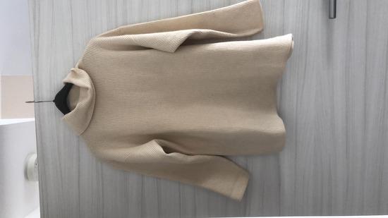 Bez volnen pulover S/M