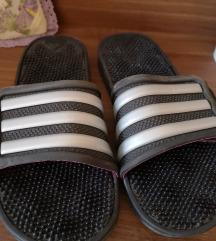Adidas natikači 39