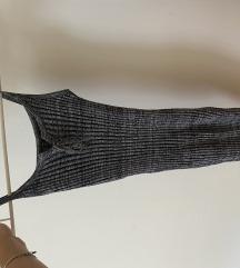 Oprijeta siva oblekica