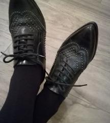 Atraktivni italijanski čevlji