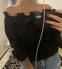 Off shoulder bluza