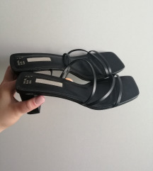 NOVI sandali s peto