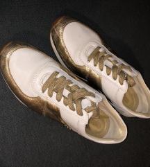 MK usnjeni čevlji
