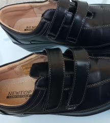 Zelo udobni črni čevlji, kot novi, 38