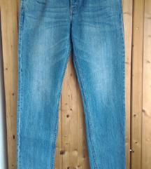 Boyfriend jeans / pc 40€