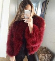 Spomladanska jakna iz pravega perja