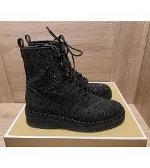 MICHAEL KORS zimski škornji