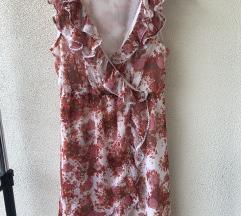 Rožnata obleka Vila