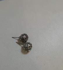 Čipkaste perle