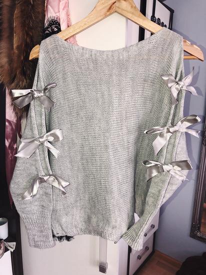 Pulover z mašnjami UNI