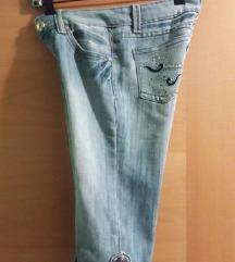 kratke hlače  xs s