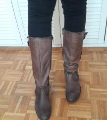 Rjavi usnjeni škornji