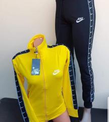 Trenerka Nike