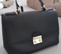 Guess torbica kupljena za 150 evrov