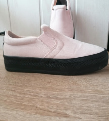 Čevlji 36