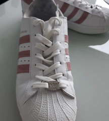 Adidas superge Superstar