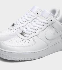KUPIM nizke Nike air force 36-37