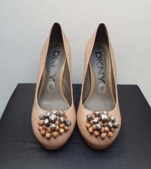 DKNY čevlji s peto