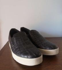 Slip on čevlji