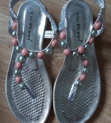 Novi sandalčki 38