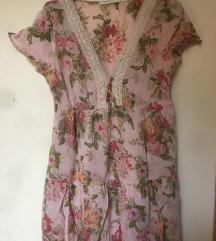 NOVA Rožasta obleka