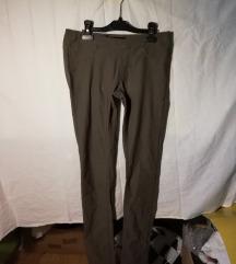 3 pari dobro obrabljenih ženskih hlač